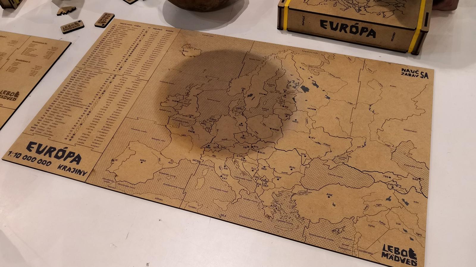 Evropa CNC laser mapa Mini Maker Faire Bratislava