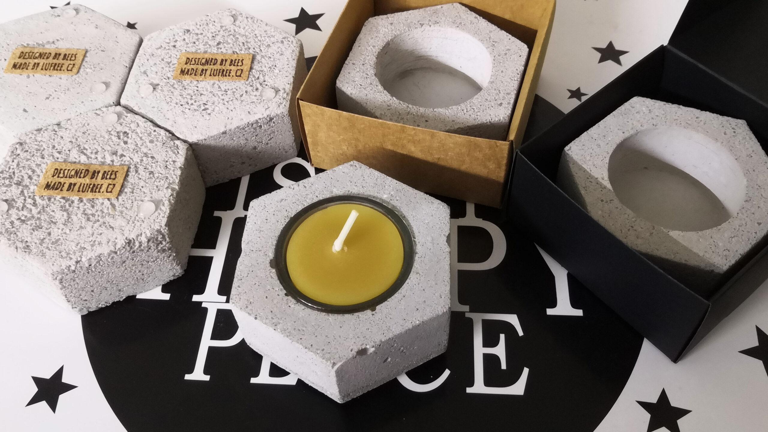 Svícny se svíčkou