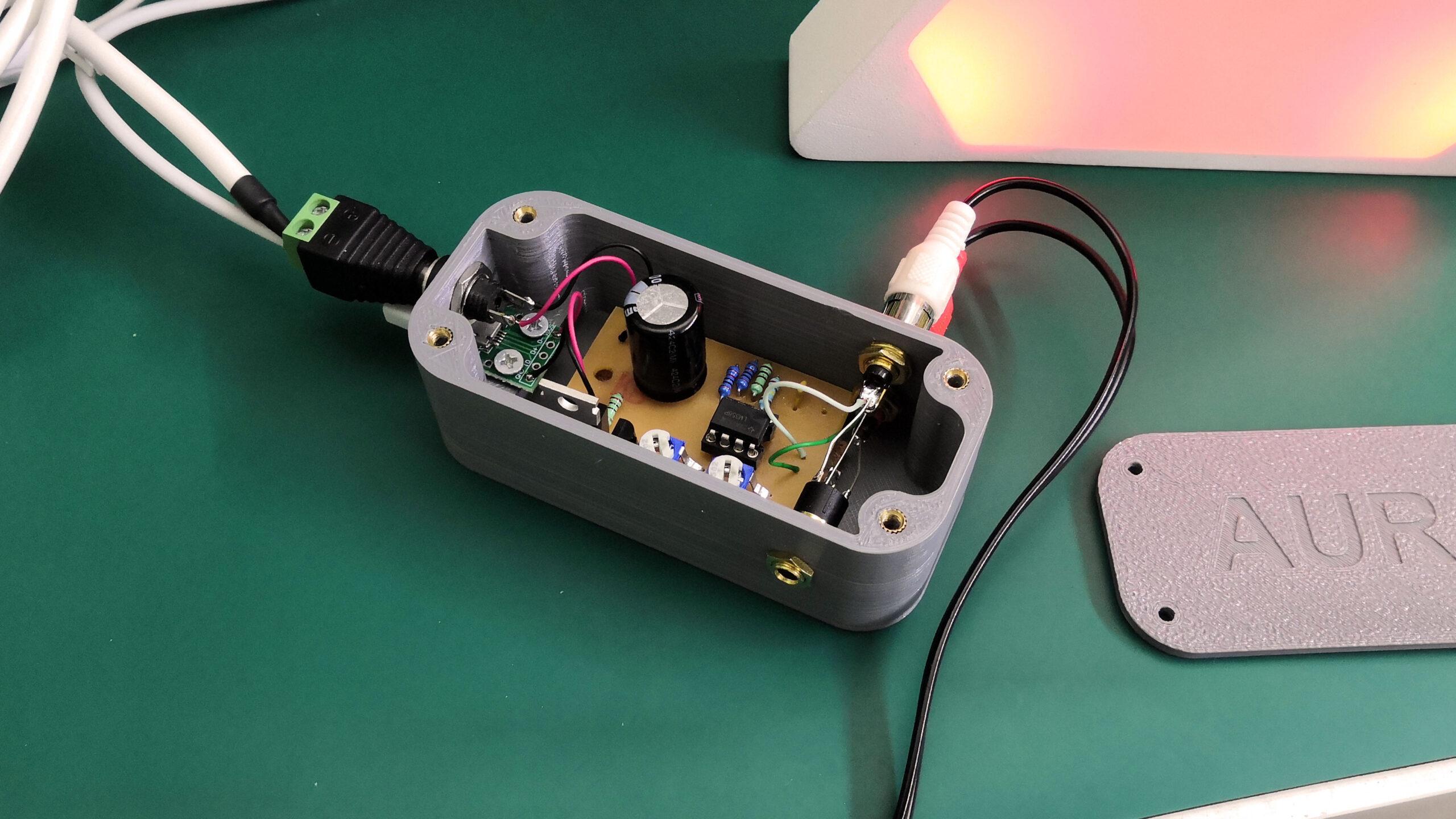 Aura - pouzdro elektroniky